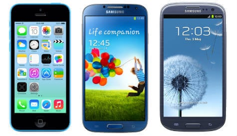 Apple's plastic iPhone 5C and Samsung Galaxy S4 and S3