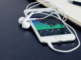 iPhone Music App Audials Radio