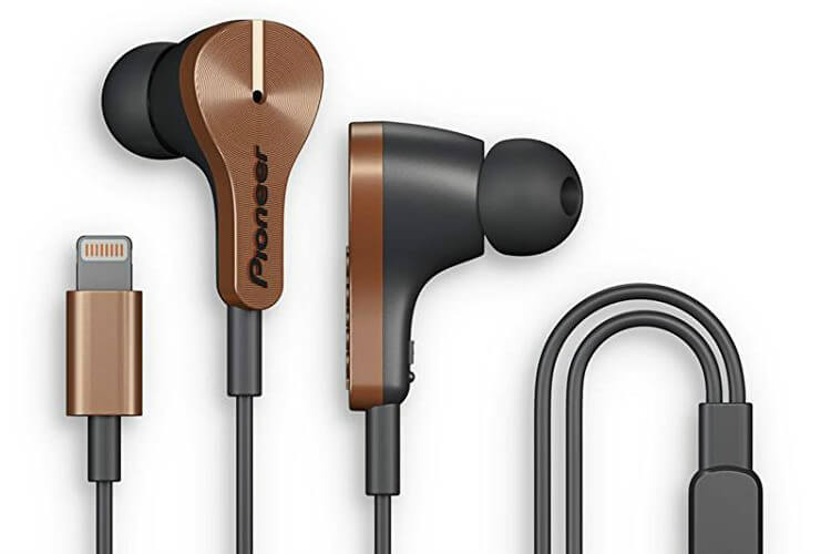 10 Best Headphones with Lightning Connector for iPhone.