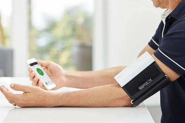Quardio Blood Pressure Measure Apple Watch
