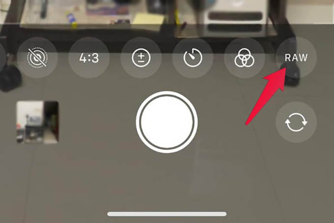 Enable Apple ProRAW from iPhone Camera App