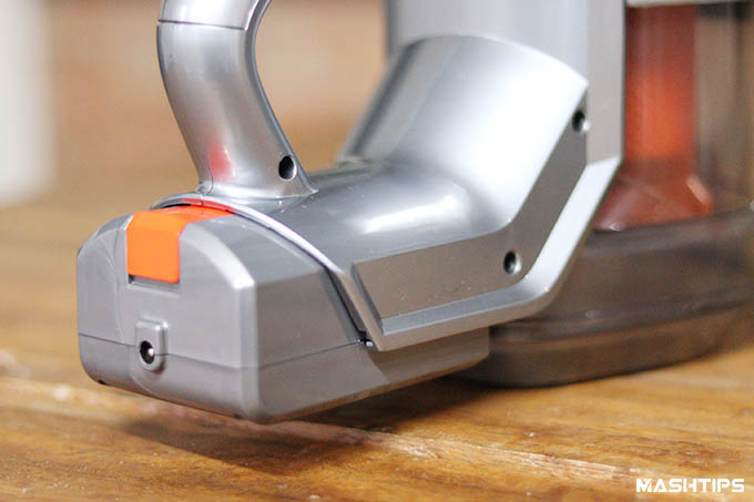 iLife Easine H55 Cordless Vacuum Battery Installed