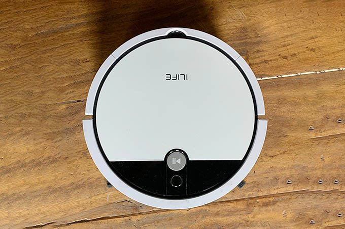 iLife V9e Robot Vacuum Cleaner Top View