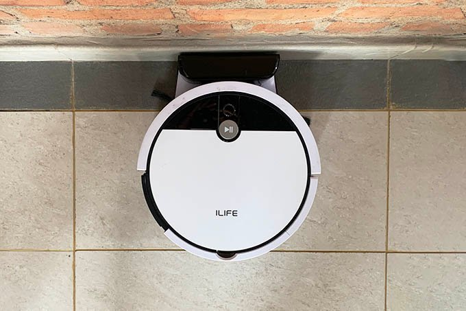iLife V9e Robot Vacuum Cleaner on Charging Dock