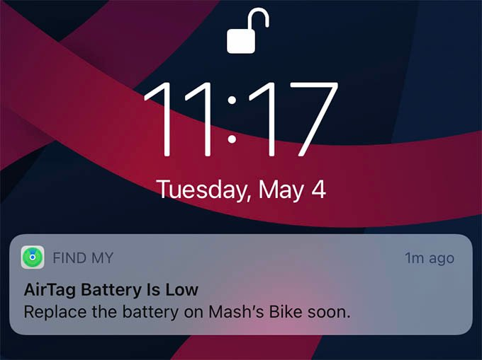 Apple AirTag Low Battery Notification on iPhone
