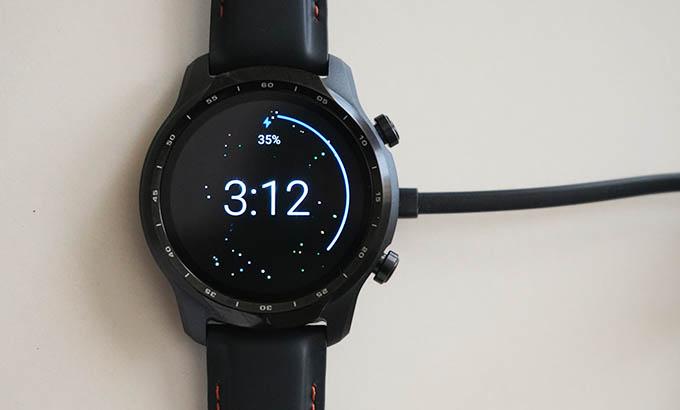 Mobvoi TicWatch Pro 3 GPS Charging