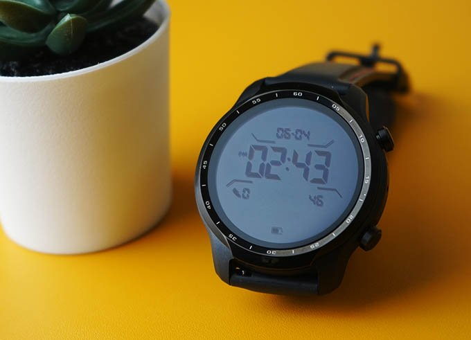 Mobvoi TicWatch Pro 3 GPS Secondary Always on LCD