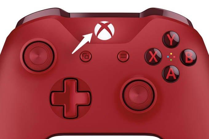 Take a Screen on Xbox One Press Xbox Home Button