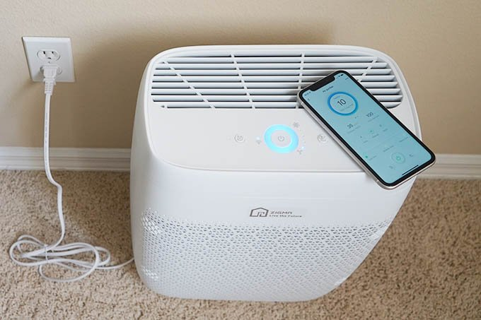 Zigma Air Purifier Design with Plug and Top Design