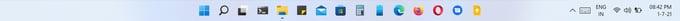 Windows 11 center taskbar