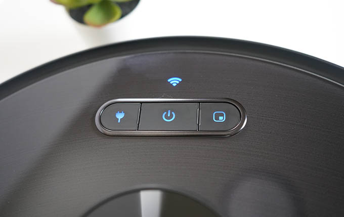 Eufy Robovac X8 Buttons and Lights